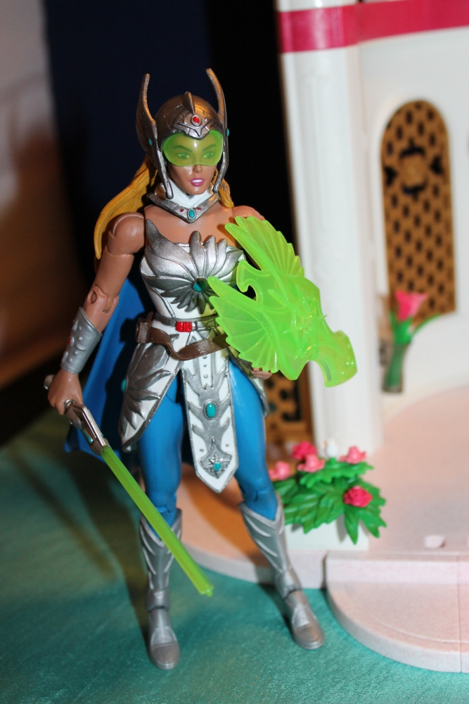 057 Masters of the Universe Club Etheria: December  Spinnerella!