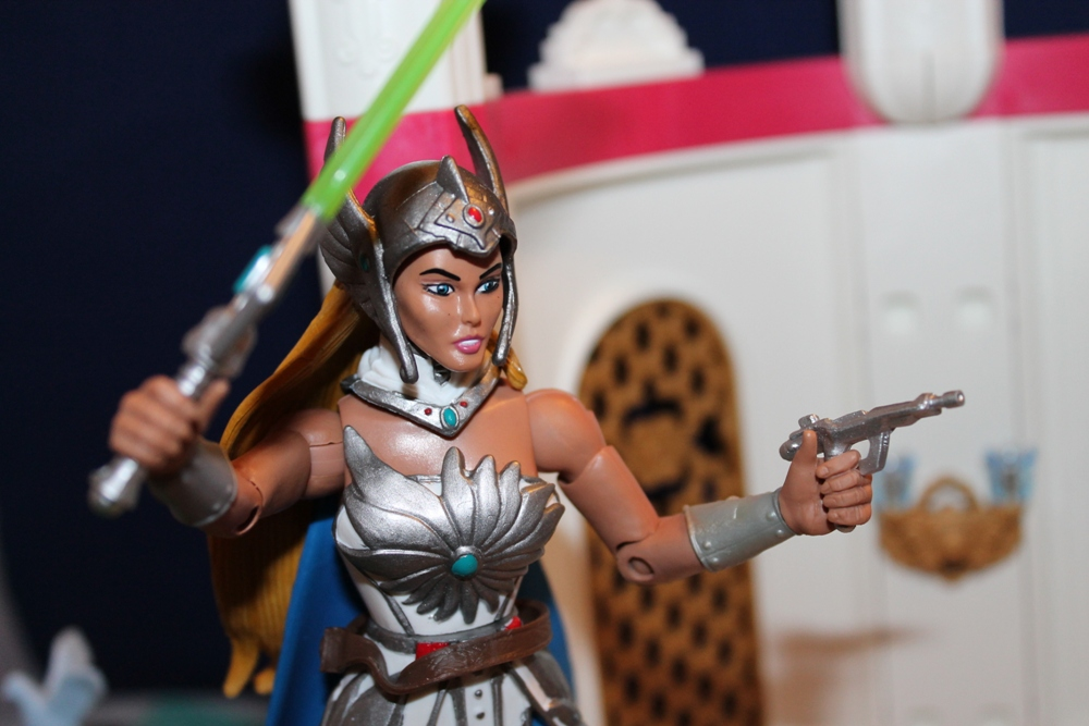 062 Masters of the Universe Club Etheria: December  Spinnerella!