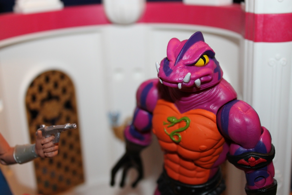 064 Masters of the Universe Club Etheria: December  Spinnerella!