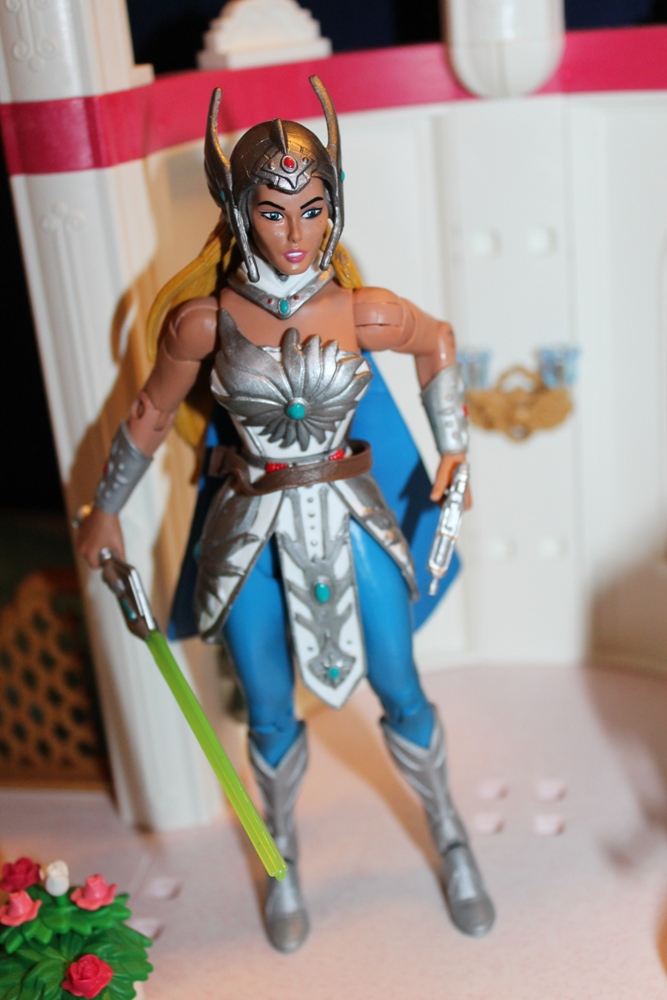 065 Masters of the Universe Club Etheria: December  Spinnerella!