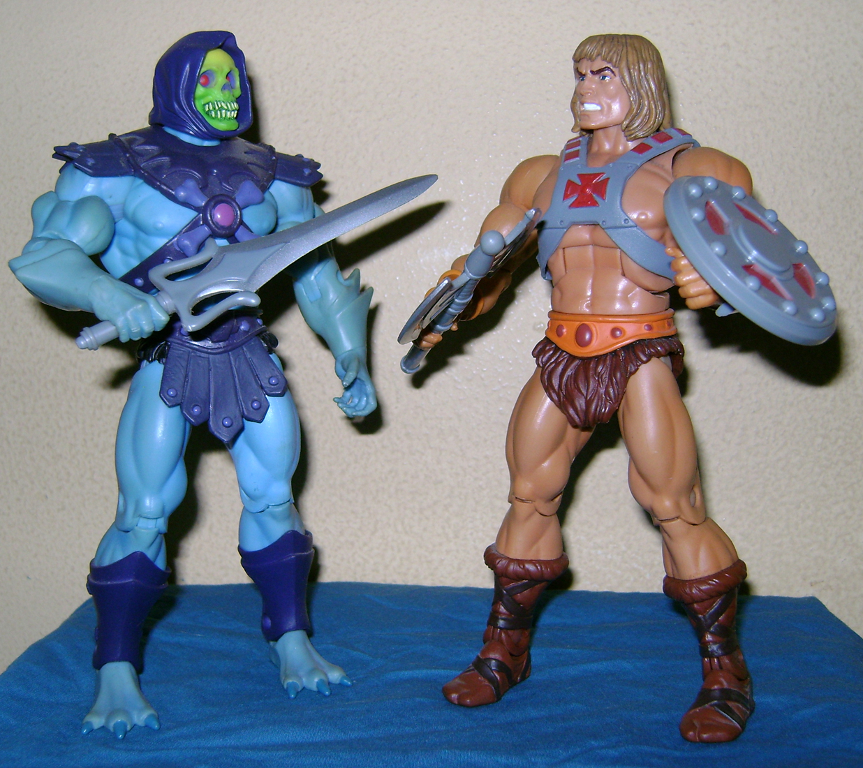 "HeMan 18 MOTUC 2015: March  Exclusive Figure ""Oo Larr?"""