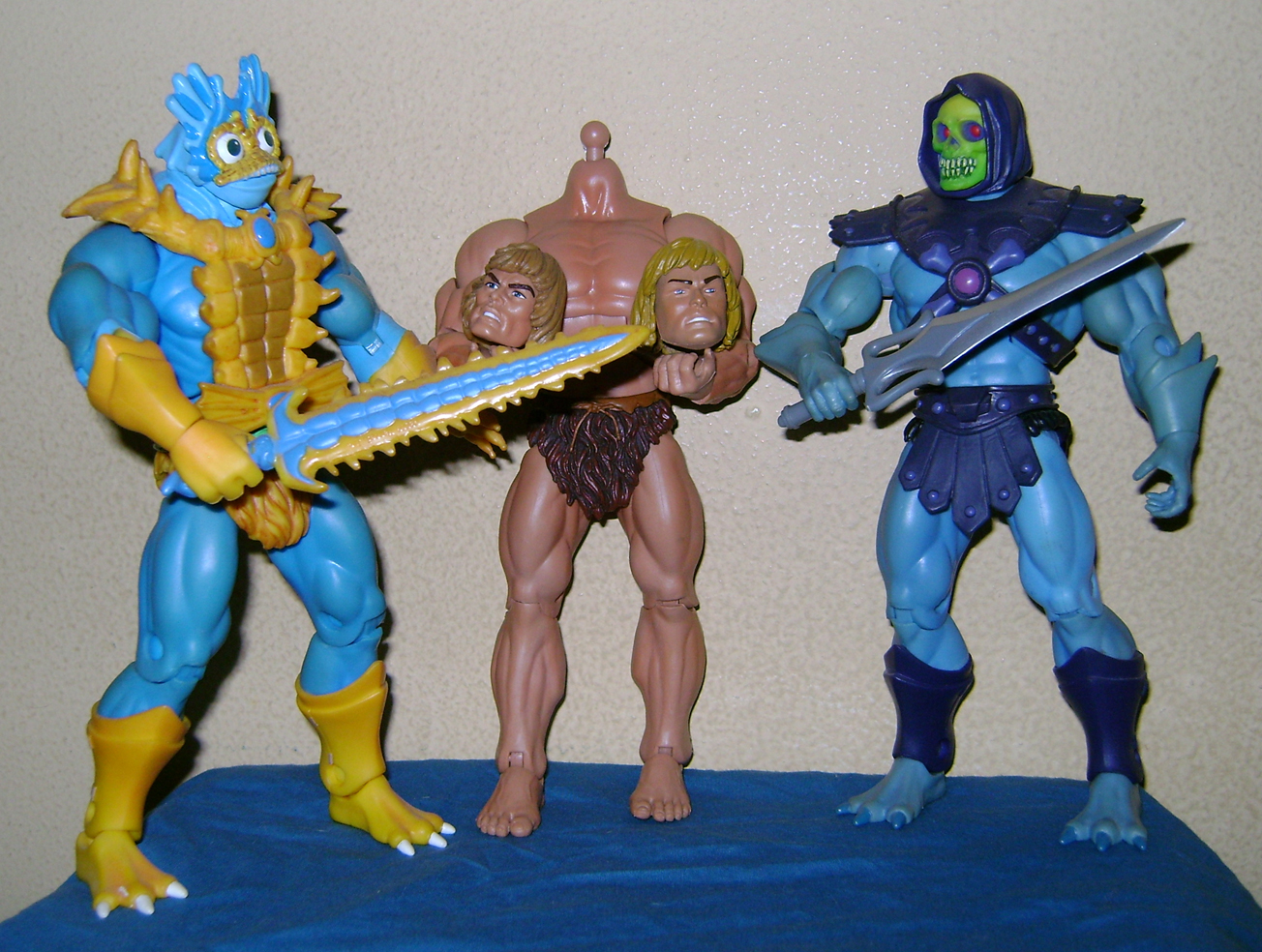 "HeMan 24 MOTUC 2015: March  Exclusive Figure ""Oo Larr?"""