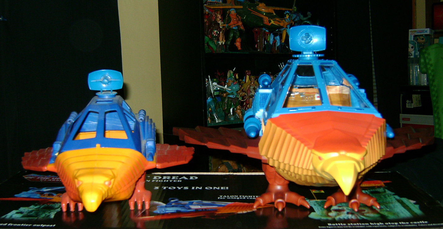 PD 23 MOTUC Special: Talon Fighter And Point Dread!