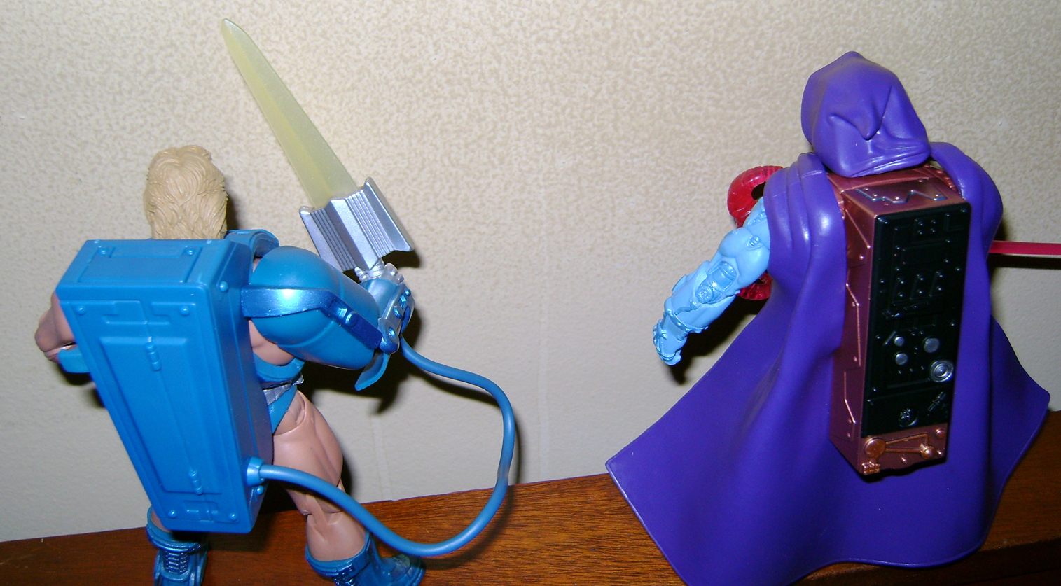 Las 8 Final MOTUC: Prahvus, Son Of He Man and Laser Power He Man With Laser Light Skeletor!