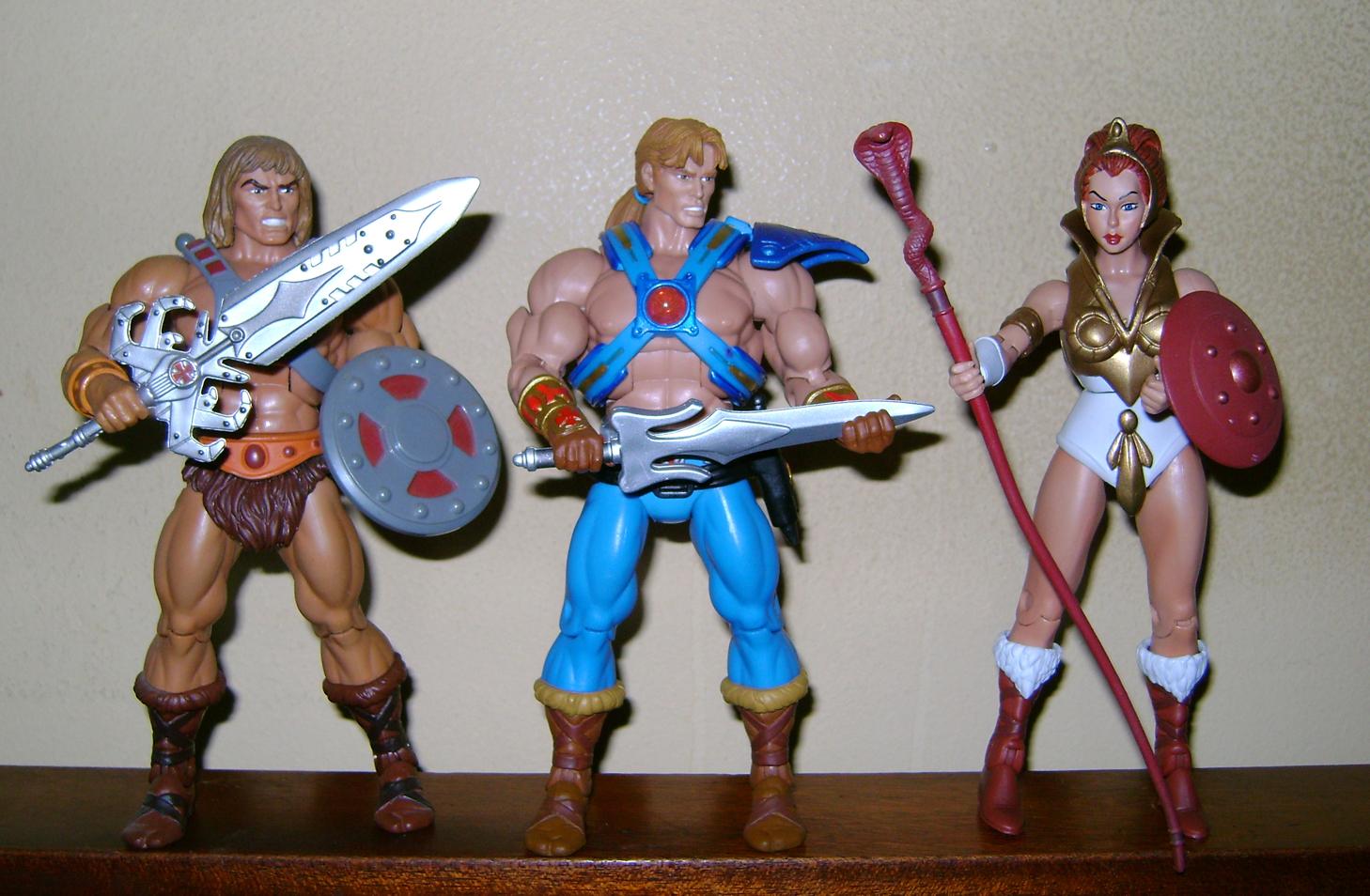 Son 11 Final MOTUC: Prahvus, Son Of He Man and Laser Power He Man With Laser Light Skeletor!